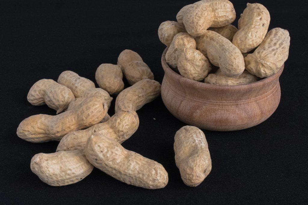 cacahuetes: beneficios y contraindicaciones