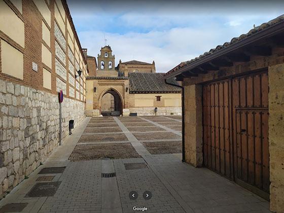 Entrada al monasterio de Santa Clara